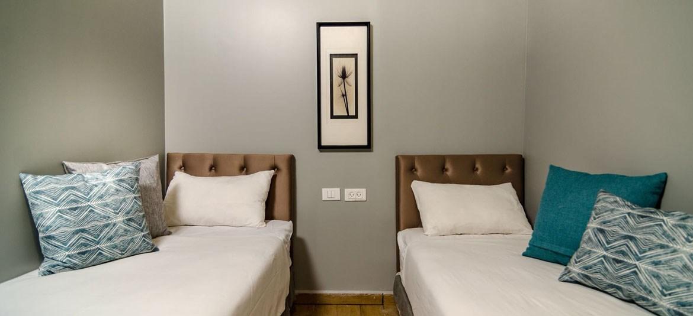 כפר כינרת - חדר דלוקס - מיטות יחיד